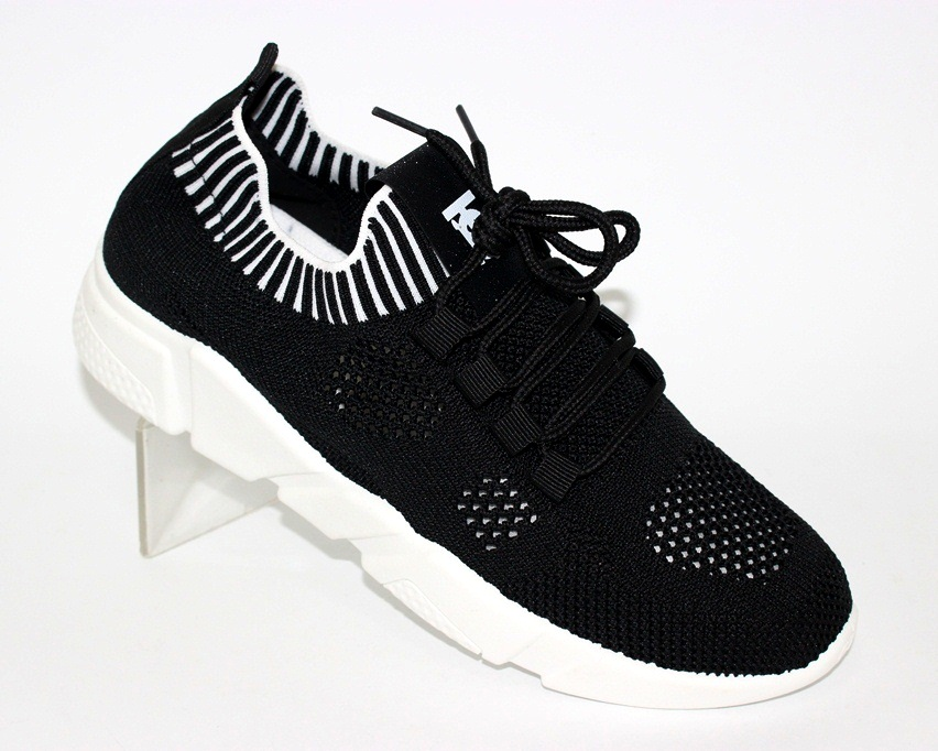 Сайт обуви Туфелек представляет большой выбор кроссовок на любой возраст 1