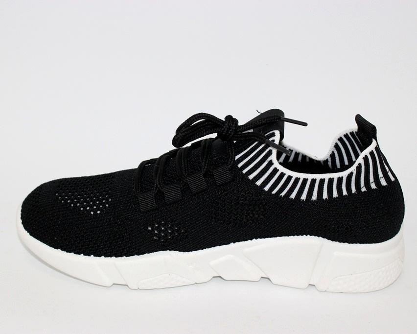 Сайт обуви Туфелек представляет большой выбор кроссовок на любой возраст 7