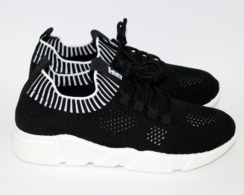 Сайт обуви Туфелек представляет большой выбор кроссовок на любой возраст 8