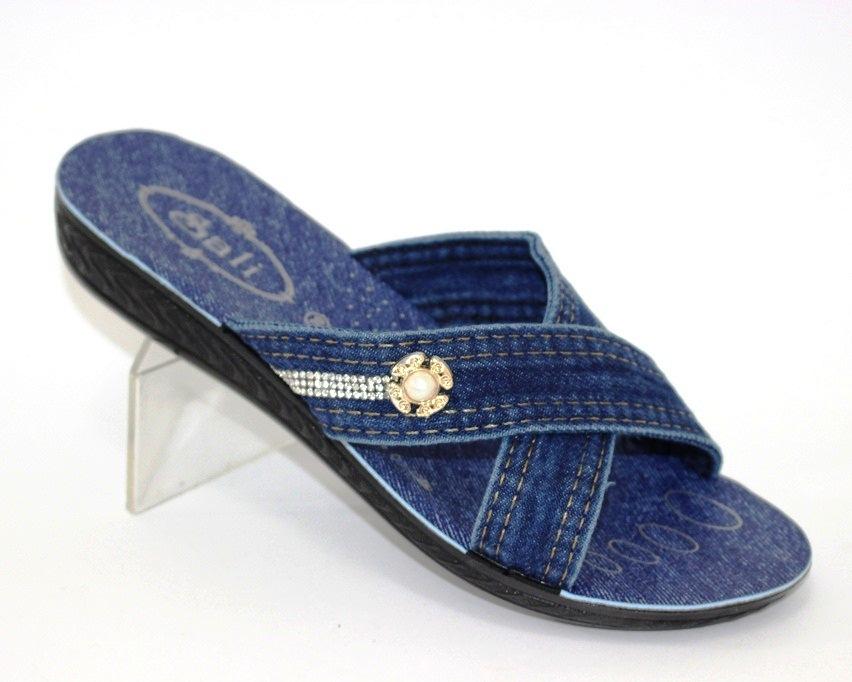 купити жіноче взуття, жіночі шльопанці, взуття зі знижкою, літнє взуття онлайн, інтернет-магазин взуття