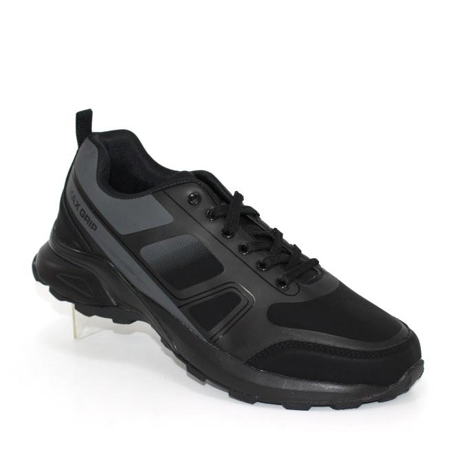 Міцні чоловічі кросівки для занять спортом