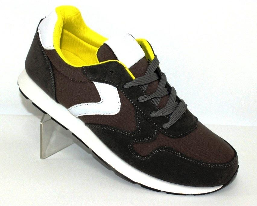 Купити спортивне взуття, кеди, кросівки виробник Україна