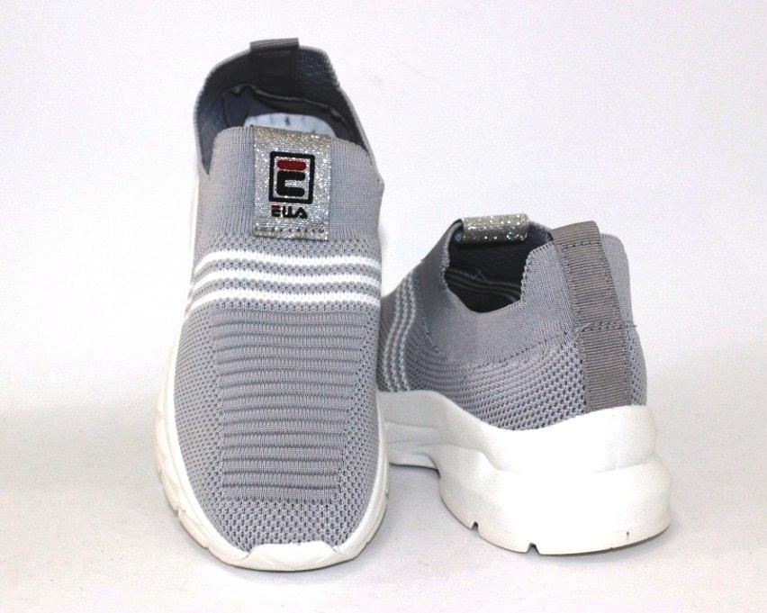 купить женские кроссовки 9