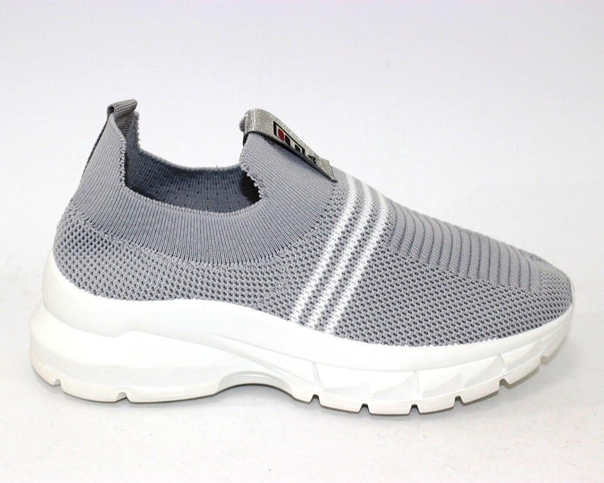 купить женские кроссовки 7