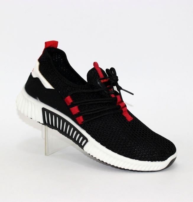 Кросівки трикотажні на шнурках