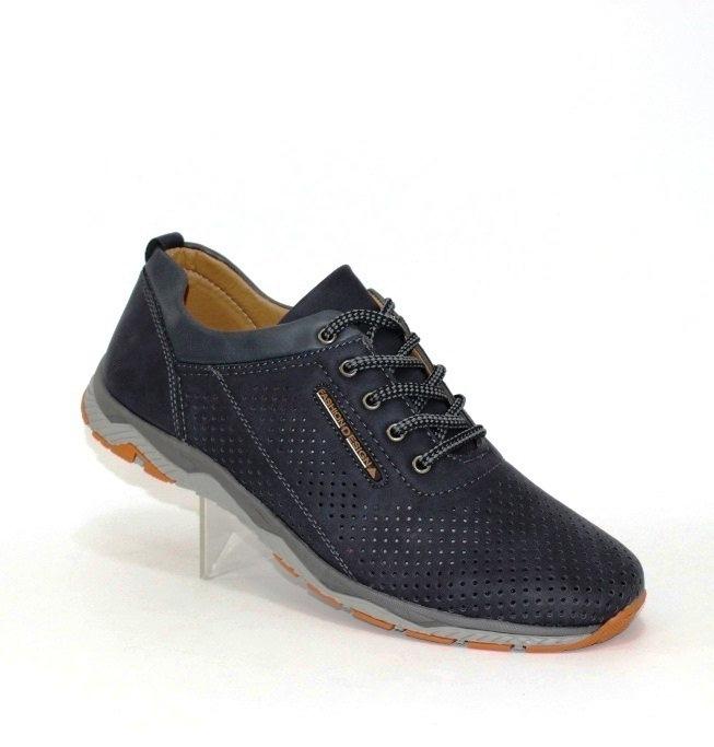 Чоловічі туфлі з перфорацією