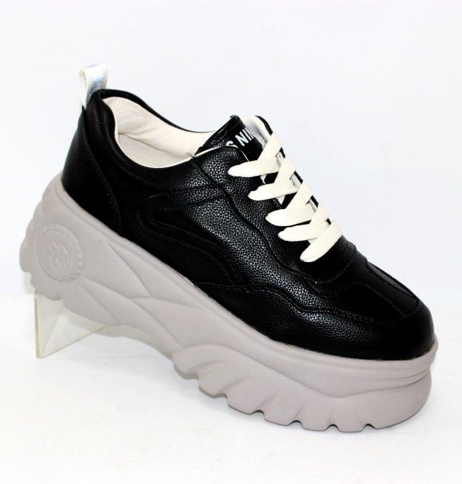 Женские кроссовки на липучках - удобная спортивная обувь, купить женские кроссовки Киев
