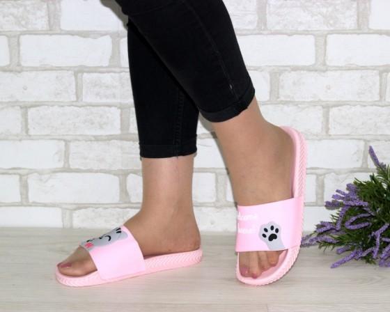 кроксы и пляжная обувь