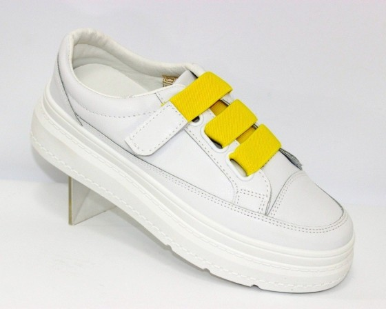 кроссовки женские