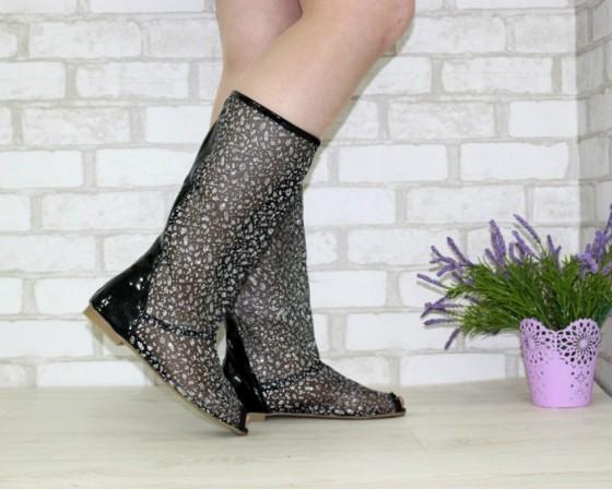 летние сапоги и ботинки