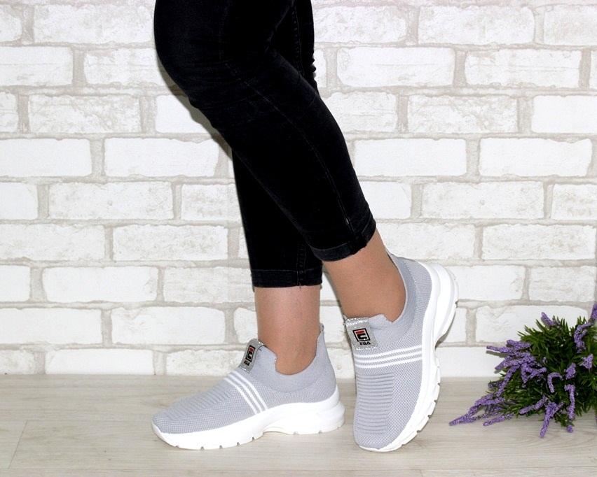 купить женские кроссовки 2