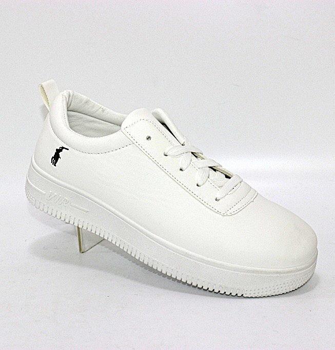 Модные повседневные женские кроссовки белого цвета