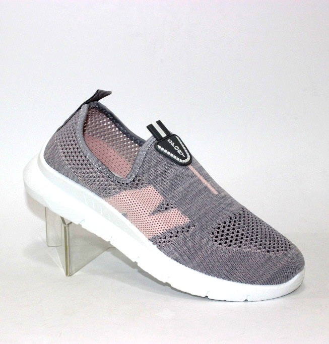 купити кросівки Київ, жіночі кросівки